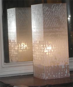 Lampe Art Art Blanc. <BR><I>Lamp Art Art White.</I>
