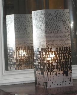 Lampe Art Art Noir. <BR><I>Lamp Art Art Black.</I>