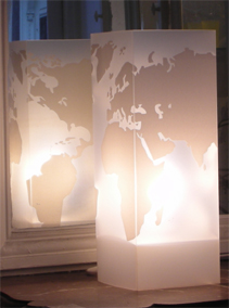 Lampe Monde Blanc. <BR><I>Lamp Monde White.</I>