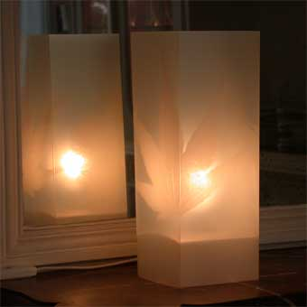 Lampe Automne Blanc. <BR><I>Lamp Automne White.</I>
