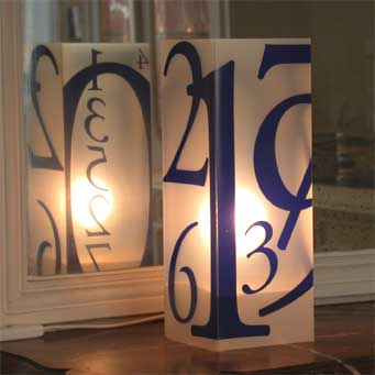 Lampe Numero Bleu. <BR><I>Lamp Numero Blue.</I>