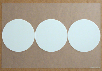 Cible Translucide Blanc. <BR><I>Cible Clear White.</I>