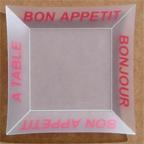 Assiette Bon Appetit Trans. Rouge. <BR><I>Plate Bon Appetit Clear Red.</I>